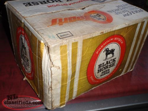 Marvelous  uS black horse beer bottles and case FILLED
