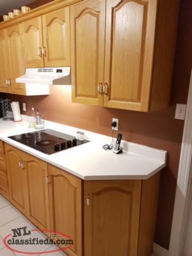 Oak kitchen cabinets bay bulls newfoundland for Kitchen cabinets nl