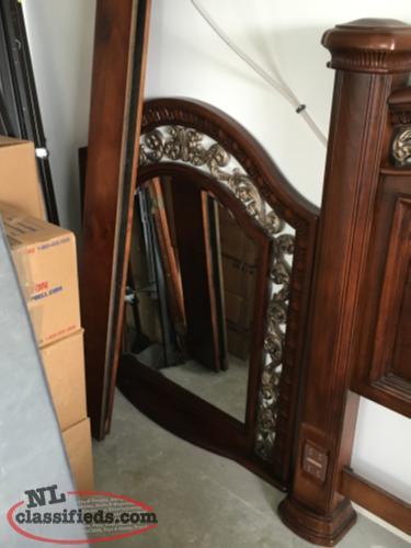 7 piece solid wood queen bedroom set cbs newfoundland. Black Bedroom Furniture Sets. Home Design Ideas