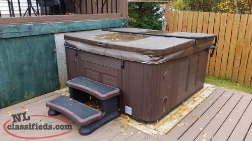 Hydrapool Model 575 Hot Tub Conception Bay South