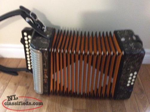 Sexy naked dating hohner accordion viedos girls