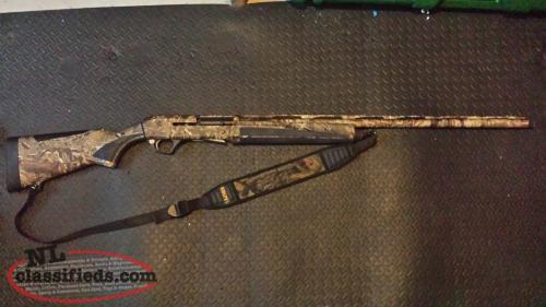 Remington Versa Max Waterfowl Semi Automatic 12 Guage