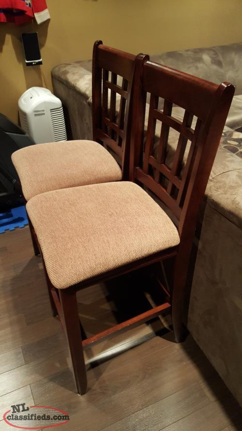 Two brown wooden bar stools Torbay Newfoundland  : 14844899639492159451resized from www.nlclassifieds.com size 500 x 889 jpeg 55kB