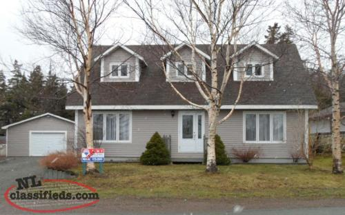 Beautiful cape cod style home for sale creston north for Cape style homes for sale