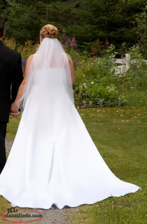 Beautiful wedding dress appleton newfoundland labrador for Wedding dresses appleton wi
