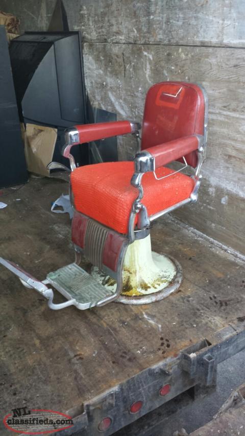 1950 39 S Belmont Hydraulic Barber Chair C B S Newfoundland