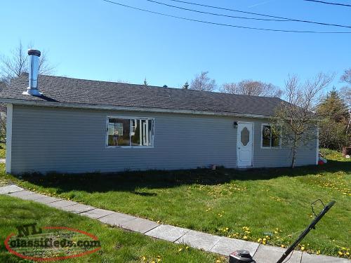Multi level home with large detached garage sale pending for Detached garages for sale