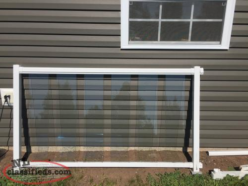 Pvc railing with glass panels gfw newfoundland labrador for Garden decking glass panels