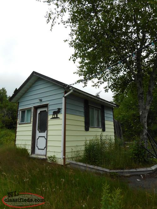 3 Bedroom Cabin For Sale In The Highly Desired Area Of