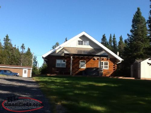 Log cabin for sale thorburn lake whitbourne for Cabins in newfoundland