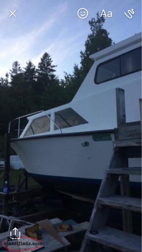 Cabin Cruiser Roberts Arm Newfoundland Labrador Nl