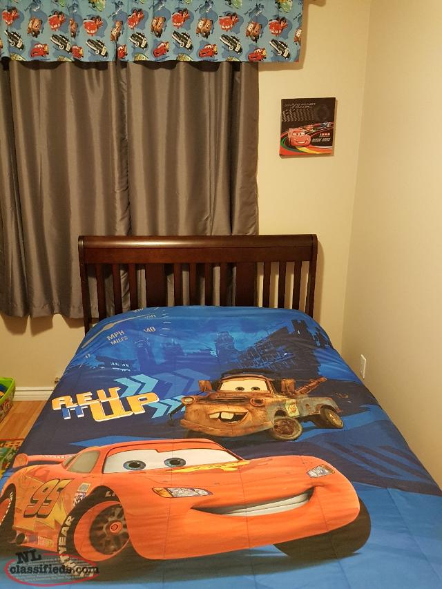 Complete Bedroom Furniture Sets: Lightning McQueen Complete Bedroom Set