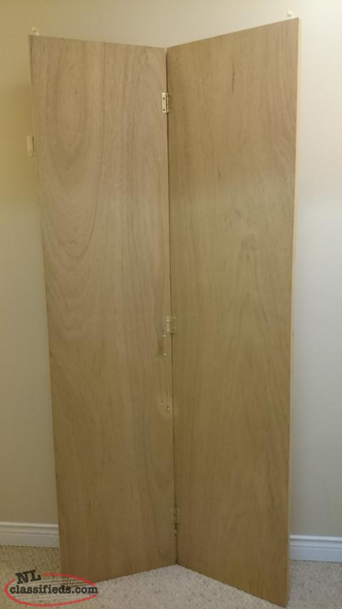 Wooden Bifold Closet Door.. Will Need Refinishing, But Otherwise In  Excellent Condition. Dimensions (approximate): Height: 77 1/4 Inches Width  (closed): 35 ...